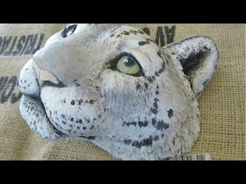 Painting a Snow Leopard Mask