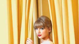 Taylor Swift.- You belong with Me. (Traducida al español)