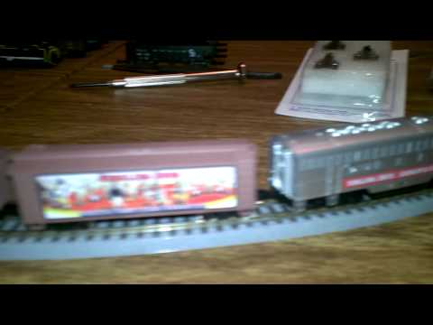 Z scale MTL Box Cars with AZL Roller Bearing Trucks