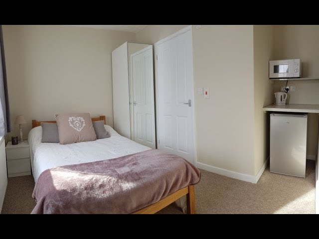 Luxury Rooms, including En Suites, with parking Main Photo