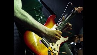 Первый урок по гитаре, разбор первой песни