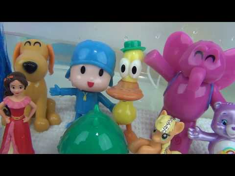 Bathing with Let's Go Pocoyo Finger Paint with Bubbles