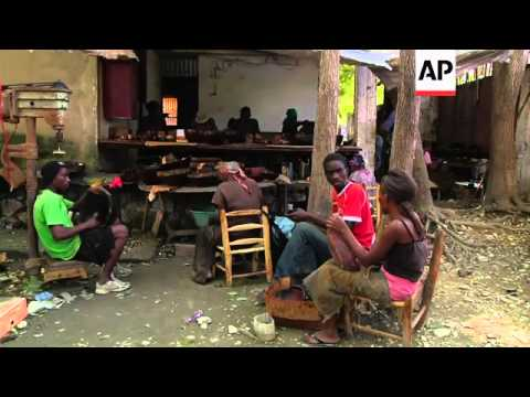 Artisans try to meet growing demand for their handicrafts during holiday season