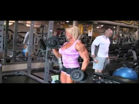 muscle woman biceps workout at gold's gym  youtube
