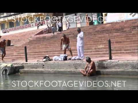 Riskikesh India, Men bathing in the Ganges