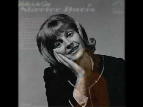 Skeeter Davis - Send Me The Pillow That You Dream On