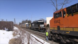K-023 and Q-276 meet at Randolph Road w/BNSF & NS engines