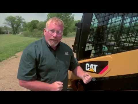 Drive Chain Adjustment & Chain Oil For Cat® Skid Steer Loaders (Svenska)