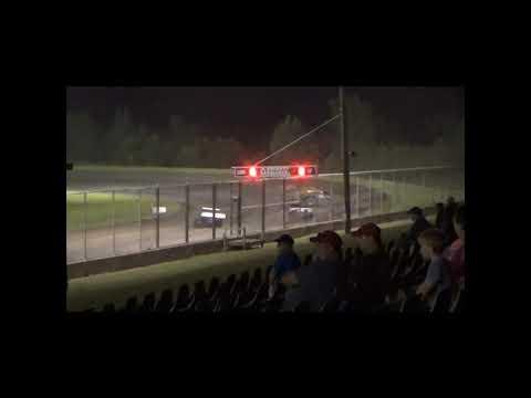 Modified Amain. - dirt track racing video image