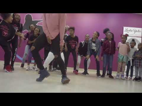 L.Y.E Academy Featuring Ghetto Spider - LOOK ALIVE #FreestyleFridays