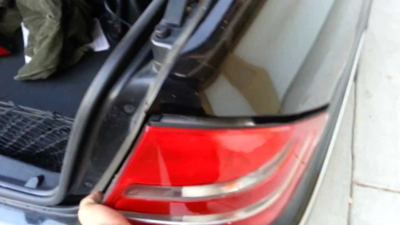 HOW to CHANGE or upgrade rear tailights on w220 Mercedes-Benz s430 , s500 ,  s55 amg , & s600