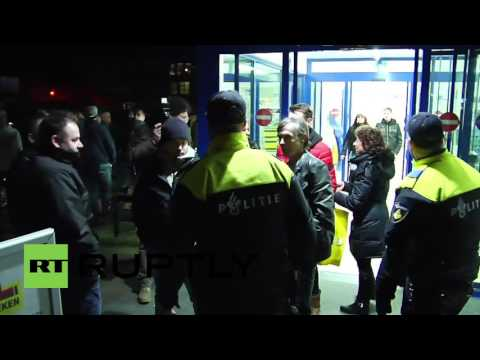 Netherlands: Heesch residents defy demo ban to protest planned refugee centre