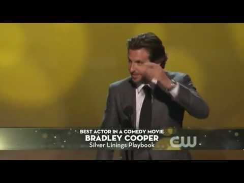 "Bradley Cooper & Jennifer Lawrence win ""Best Actor/Actress in a Comedic Movie"" @ CCAs 2013"