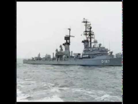 USS Lincoln VS Lighthouse A853