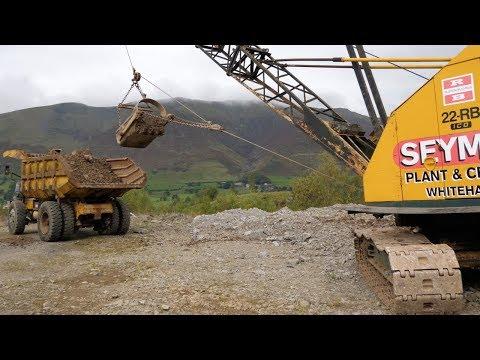 22-RB dragline loading foden dump truck