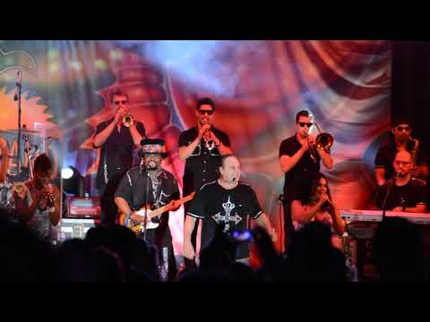 KC and the Sunshine Band - Get Down Tonight - 8/23/2014