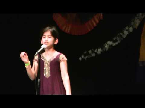 Nisha sings Ae Mere Watan Ke Logo