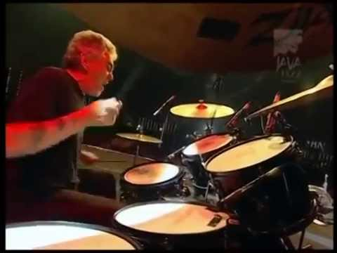 That's why Steve Gadd is the number one drummer in the world.