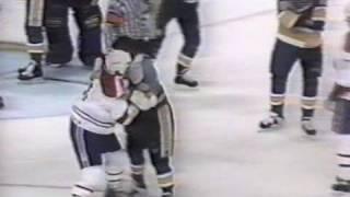 Kelly Chase vs Lyle Odelein Oct 19, 1992