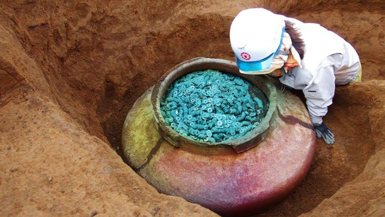 10 วัตถุโบราณสุดแสนหายาก ที่ค้นพบในใต้ดิน