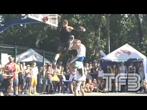 """5'9"""" KROHA throws down NEW DUNK the """"Triple Up"""" #SCTop10"""