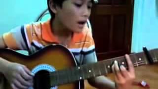 Cậu bé chơi Guitar cover   Bình Yên Nơi Đâu Cực Hay