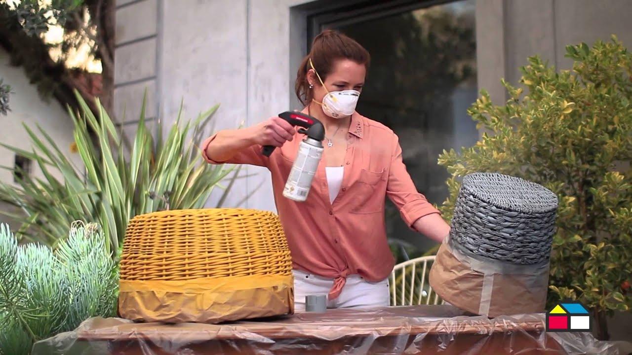 Insp rate decora con canastos pintados youtube for Como aprovechar una cesta de mimbre