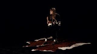 Смотреть клип Faye Webster - Cheap Thrills