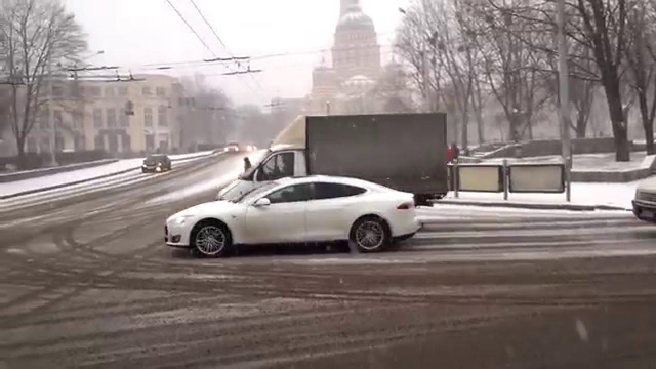tesla model s ukraine