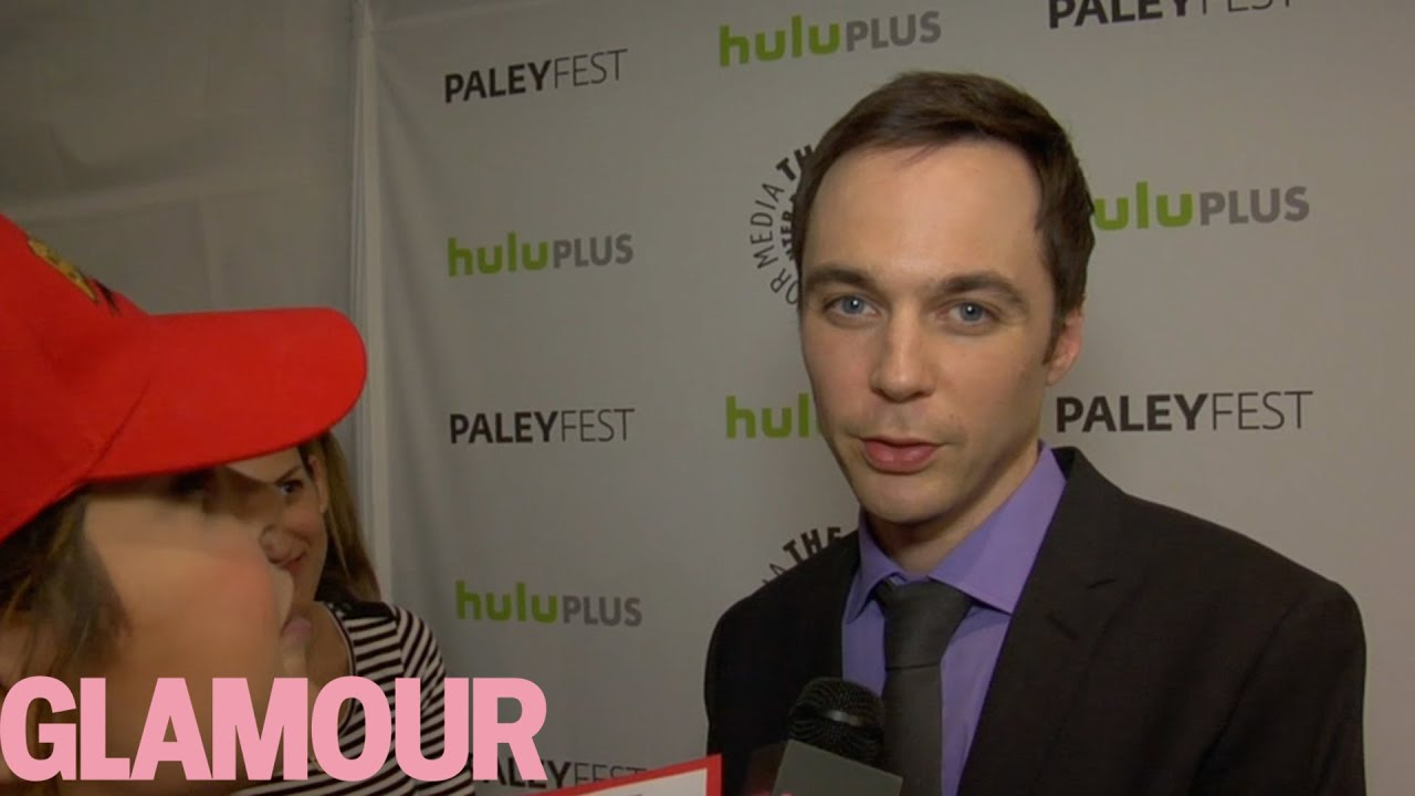 jim parsons sings the big bang theory theme song glamour youtube. Black Bedroom Furniture Sets. Home Design Ideas