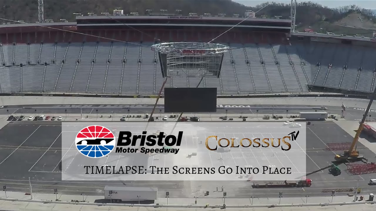 Timelapse Colossus Tv Screens Go Up At Bristol Motor