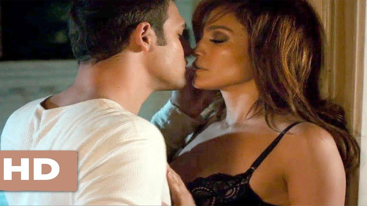 Download The Boy Next Door Best Movie Kiss Scenes Noah And Claire