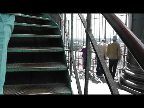 """Das Warzeichen von Hamburg """"Der Michel"""" Fahrt zur Aussichtsplattform in 105meter (HD)"""