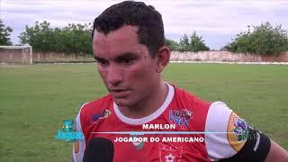 Repórter Ari Roberto conversa com jogadores das equipes do Americano e América.