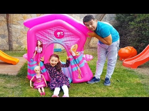 Öykü and Barbie Surprise play house!!! - Funny Oyuncak Avı Öykü
