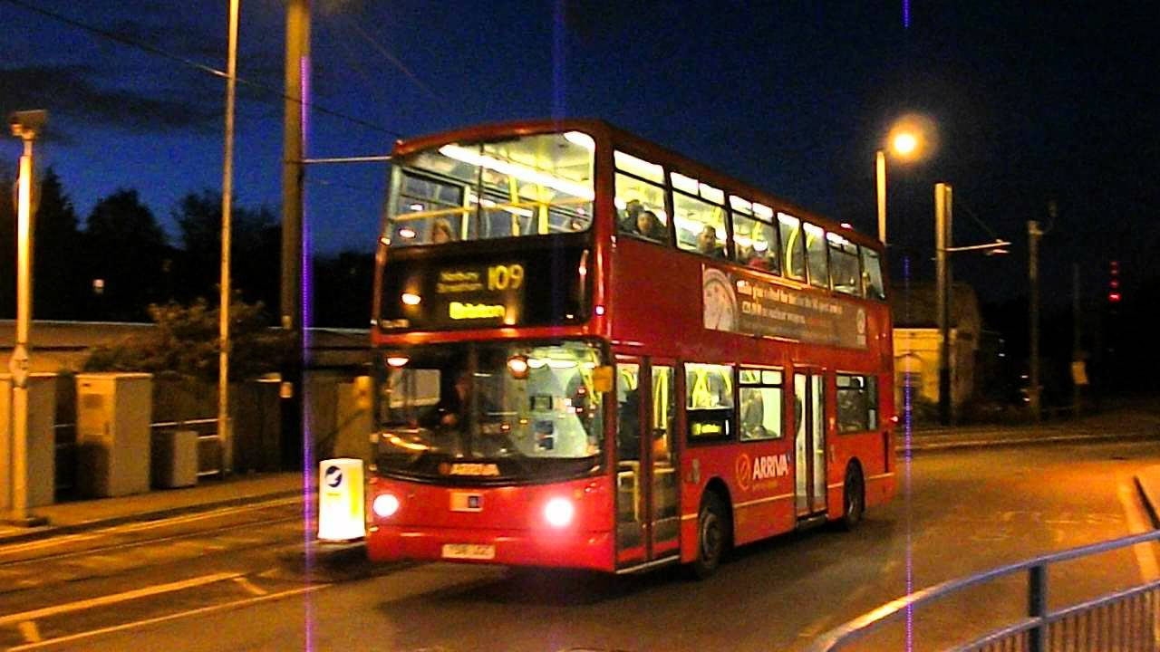 Dla318 On Route 109 At West Croydon Bus Station Youtube