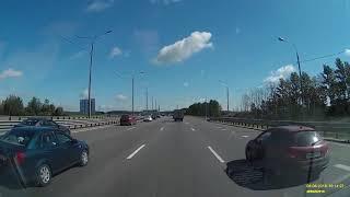 Смотреть видео ДТП Москва 6 августа переворот трасса М2 онлайн