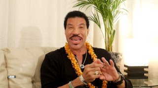 Backstage Q&A with Lionel Richie in Hawaii!