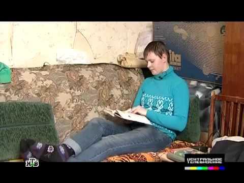 видео школьнаца мастурбирует у себя в комнате