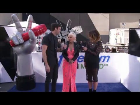 Christina Aguilera - Interview Facebook Live Pre-Show Party (The Voice S10, 25/Apr/16)
