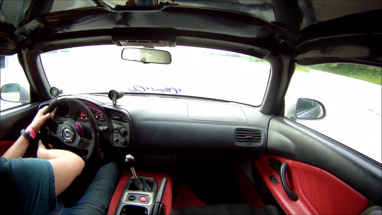 Big turbo S2000 with T56 and Ford 8 8 rear end 2nd drag strip pass
