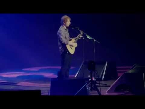 [HD] Ed Sheeran - Friends - X Tour [Live Concert In Berlin Max-Schmeling-Halle 14.11.2014]