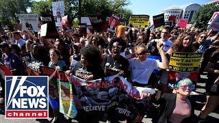 Anti-Kavanaugh protesters descend on Washington
