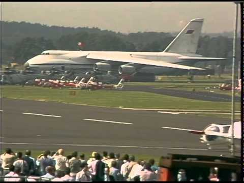 FARNBOROUGH AIR SHOW 1988 | Thames News