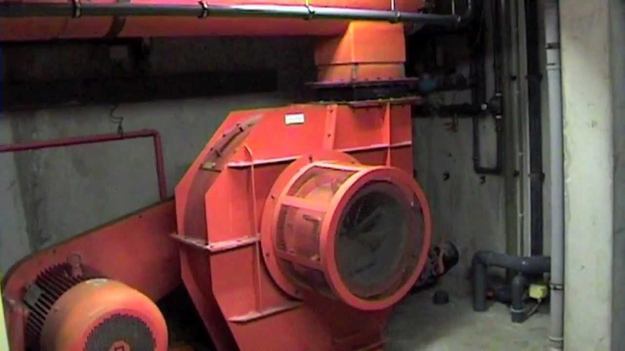 How A Pool Wave Machine Works Hoe Een Golfslag Machine Werkt Youtube
