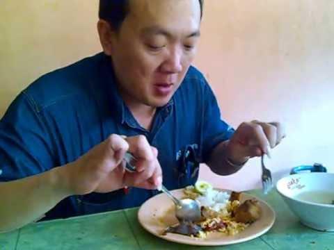 Makan Nasi Campur....ENAAAK....