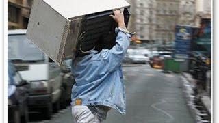 видео Как разобрать старый холодильник