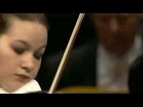 Hilary Hahn plays Korngold Violin Concerto mov.1
