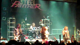 Steel Panther - Girl fight on stage + Awesome Boobs! 4/5/10
