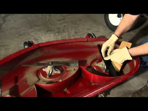 Lawn Mower Blade Maintenance Instructions: Toro TimeCutter